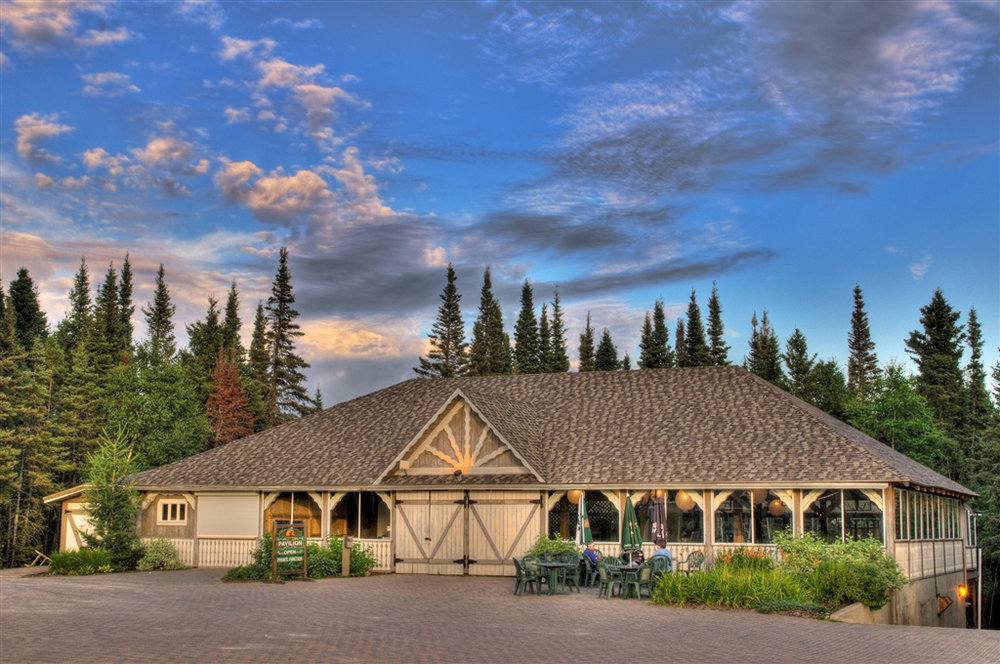 elk-ridge-resort-Pavilion.jpg
