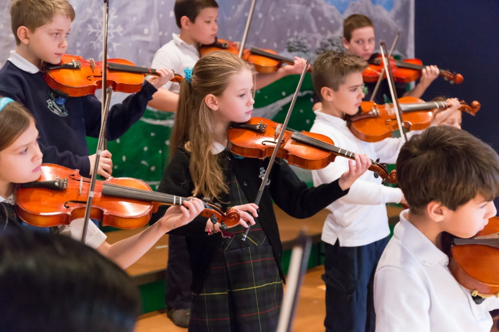 Violin class with elementary school kids at Willistown Country Day School.jpg