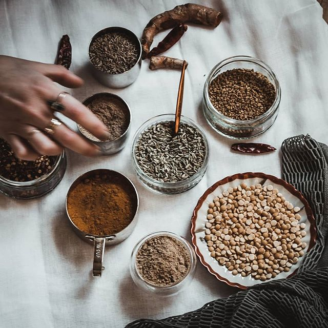 Spice +Herb Blending workshop instructor @melaniehadida is taking over our stories today! If you haven't already, head over there for lots of great info on herbs, spices and more! 👌