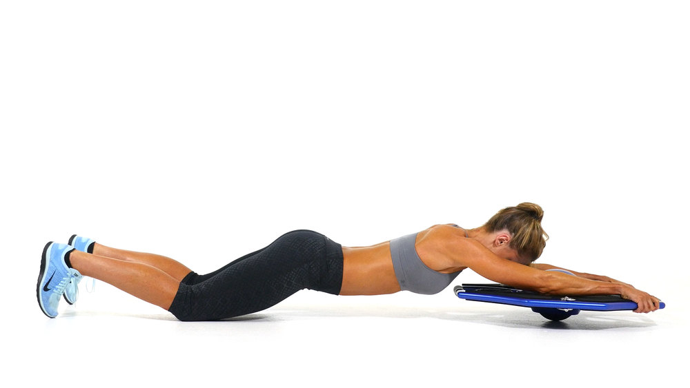 Kelly_Kneeling_Forearm_Plank_Extension_109.jpg