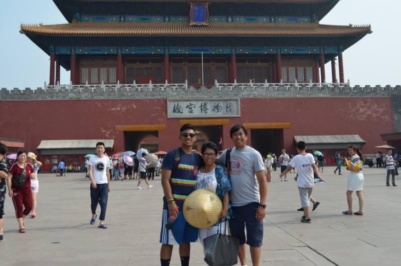 Fong family 2.jpg