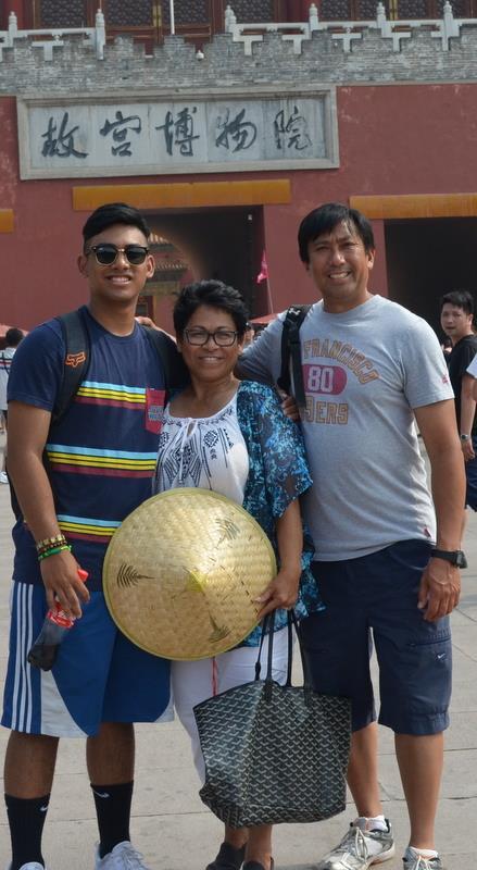 Fong family3.jpg