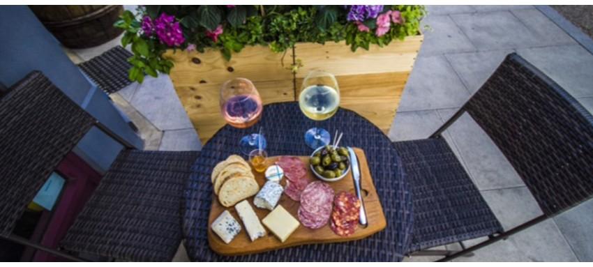 winebar2-850x383.jpg