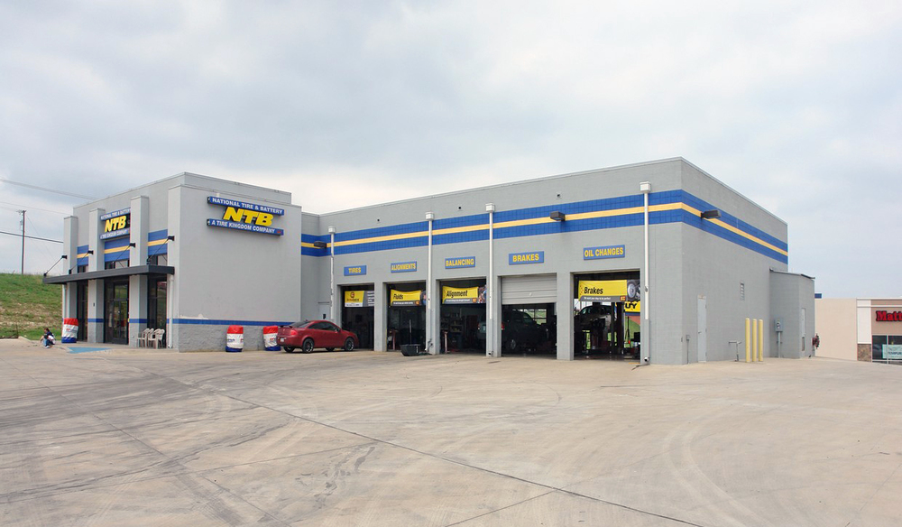 Former National Tire & Battery - Sublease   5904 Quebec St, Fort Worth, TX