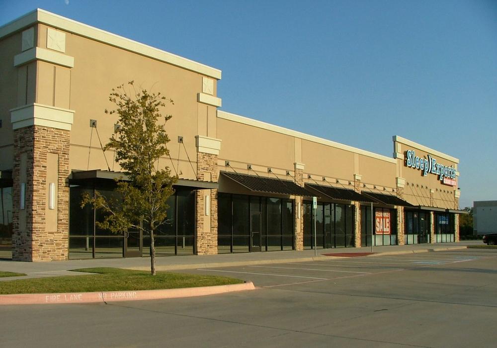 Grapevine Mills Crossing   3510 N Grapevine Mills Blvd, Grapevine, TX