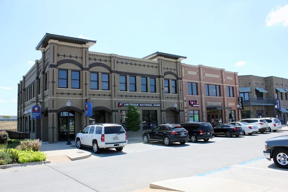 Renfro Square   240-312 E Renfro St, Burleson, TX