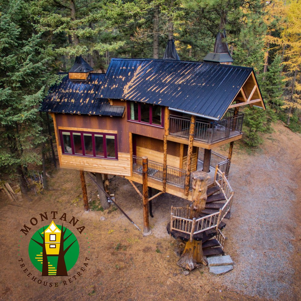 Birds eye view of The Montana Treehouse Retreat, PC: Great Northern Drones
