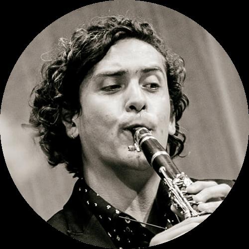 Carlos Ortega • Clarinet