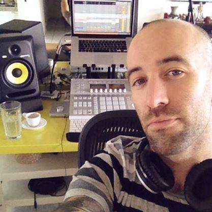 studio selfie 1.jpg