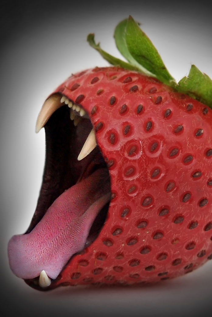 ScaryStrawberry.jpg