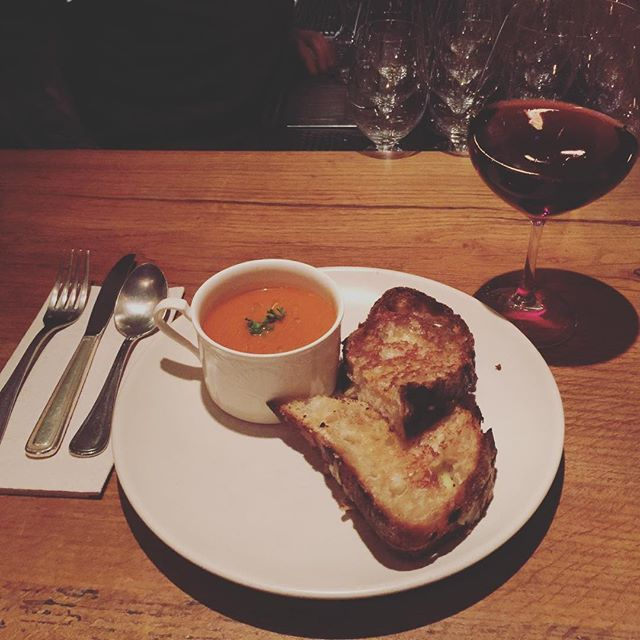 Keep it classy. Grilled cheese and tomato bisque. #123bolinas #sundays #goeswithwine
