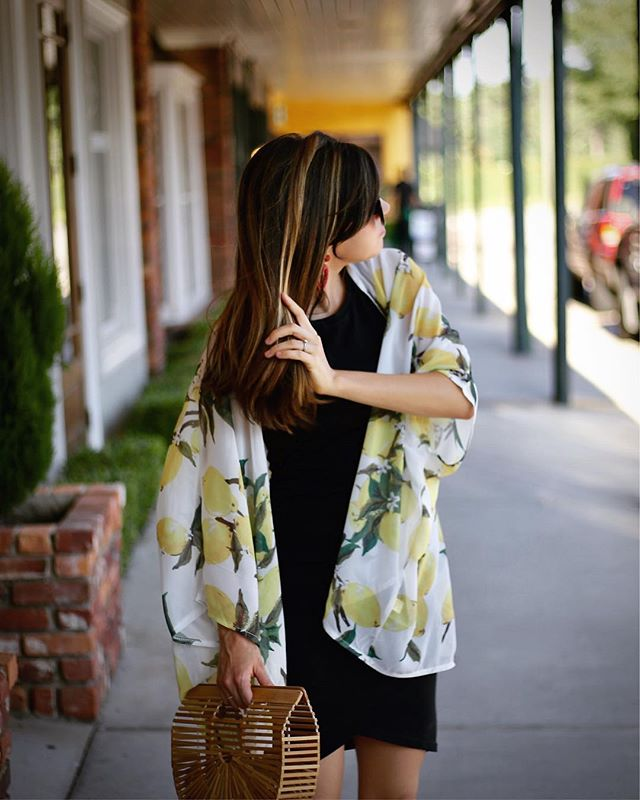 Humidity hair, don't care! Ugh for real though, nothing is worse than when your hair is sticking to you 😅🤷🏻‍♀️. How do you stay cool in the heat? This lightweight kimono is perfect to stay cool in all summer long (and it's only $15!). http://liketk.it/2wkiI #liketkit @liketoknow.it #LTKsalealert #LTKunder50 #LTKitbag #LTKstyletip