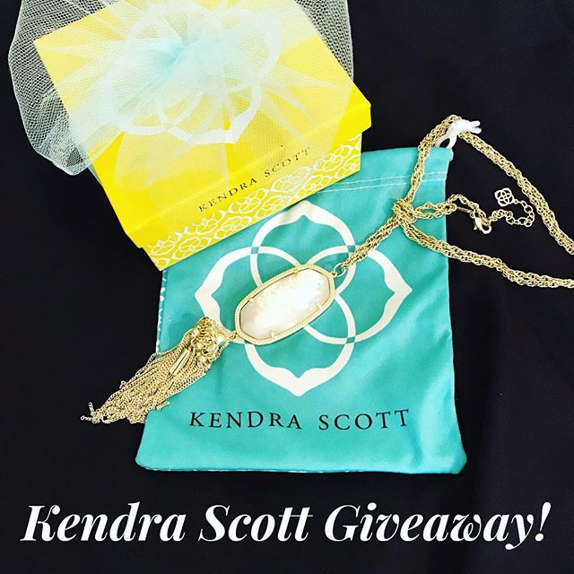 GIVEAWAY time!! As a thank you for following my little blog I am giving away a Kendra Scott Rayne necklace in gold and mother of pearl to one lucky follower!! All you have to do is  1.) Follow me @thebargainbelle  2.) Like this photo 3.) Tag two friends in the comments  That's it!! Winner will be picked and announced in my IG stories on 7/15. This giveaway is not sponsored by Instagram and by entering you're agreeing that you are 18+ years. Good Luck 💗😘