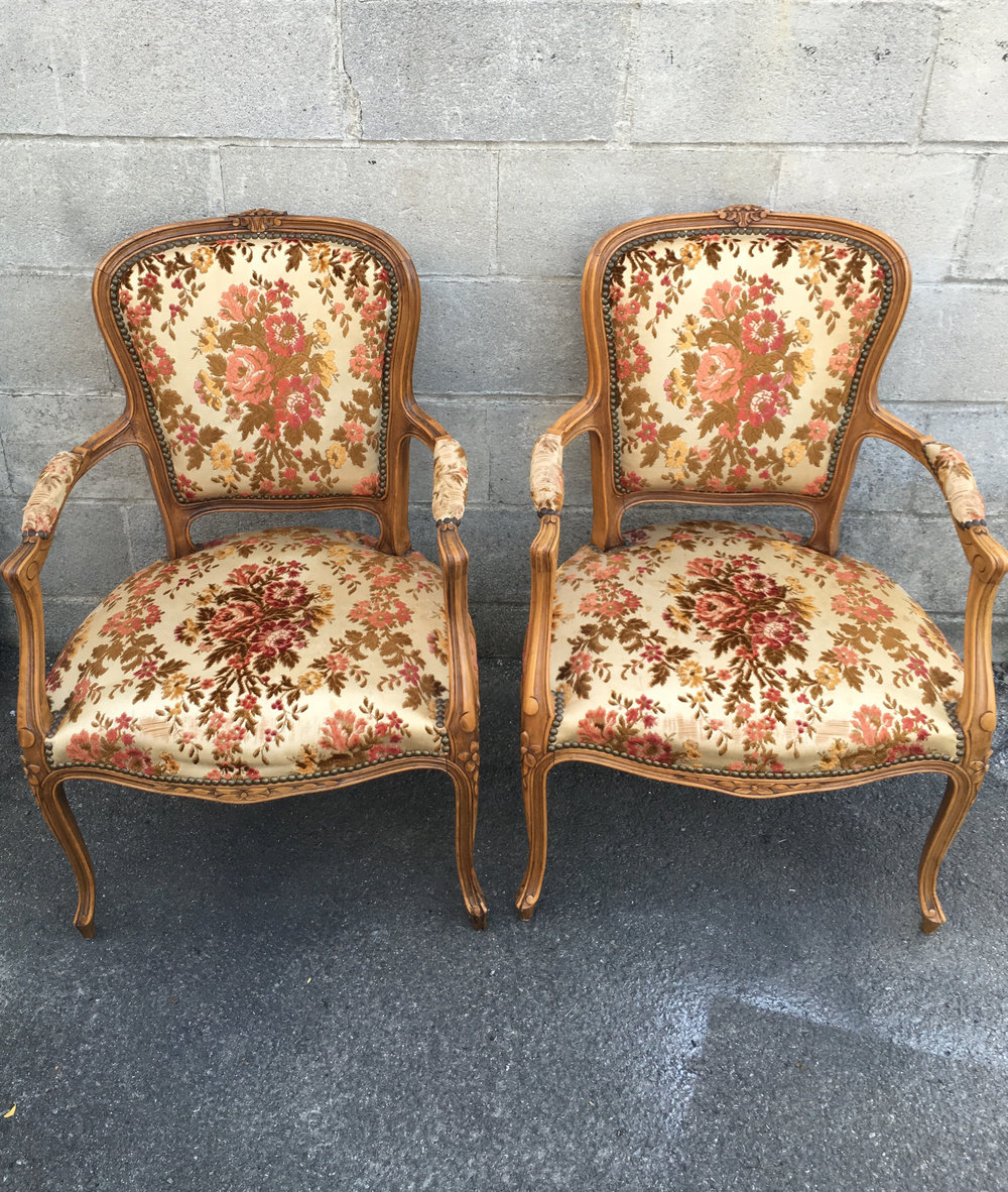 Sweetheart Chairs | Qty: 2