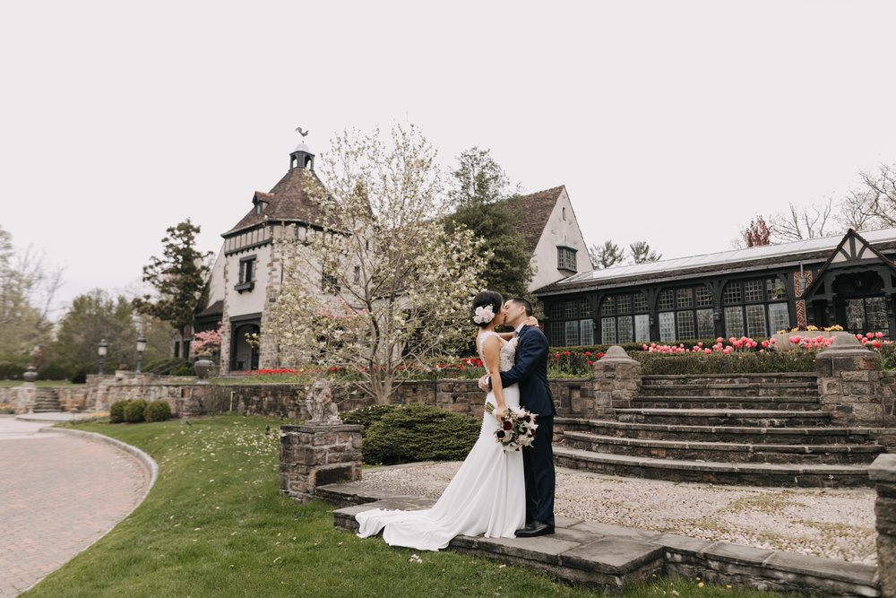 Pleasantdale Chateau  | Jeanne + Kevin