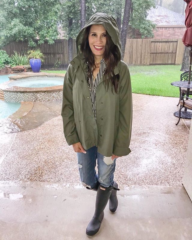 There are no fair weather Realtors around here! Fully prepared to show houses today ☔️ @nestwiselyrealtygroup http://liketk.it/2xrXZ @liketoknow.it  #liketkit