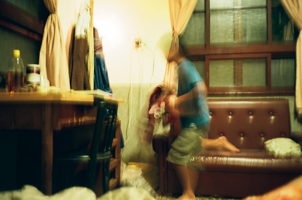 [JC]CREATIVE - 女性攝影師 | 家庭寫真| 街頭紀實|街頭紀實 |日常記錄|生活攝影|snap photography |自然手法深獲客人感動推薦 。用生命投進影像,光影交織映照攝者眼中的世界。