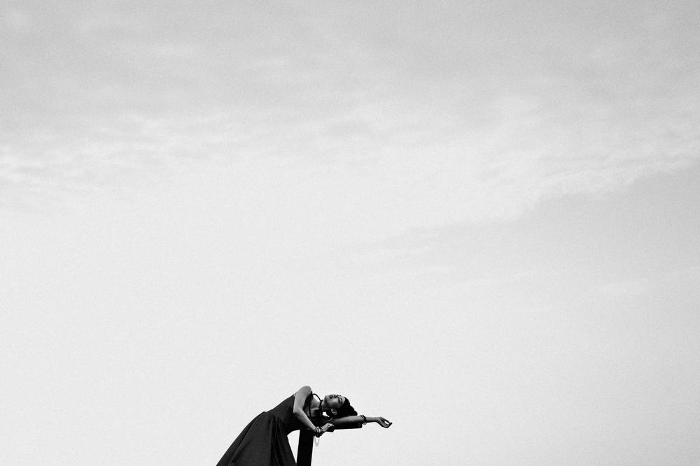 JC CREATIVE 周頴賢 女性婚攝 婚紗推薦 自主婚紗 棚拍婚紗 PREWEDDING 影像創作 藝術家 ART FINE ART自然風格  黑白照 ART_00005.jpg