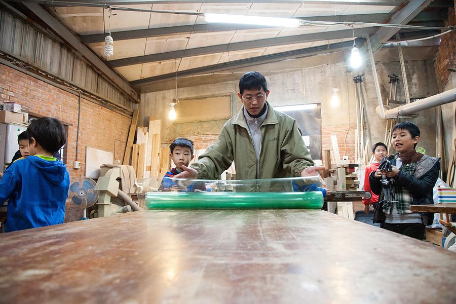 JC CREATIVE 女性攝影師    台北推薦婚攝 女力 人像寫真 手工木作 兒童木工夏令營   陽光木工坊 華德福 自然風格 手感溫度 親子家庭  圖像00018.JPG