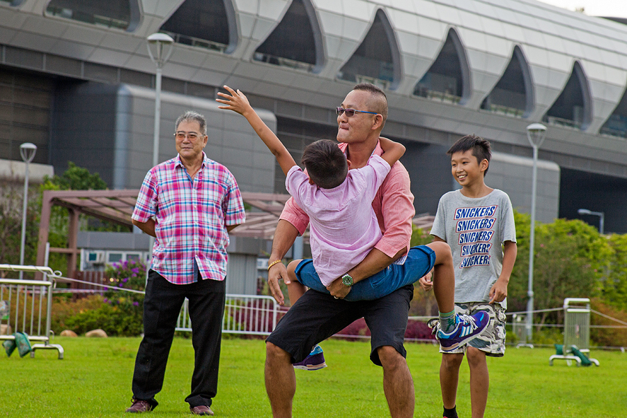 JC CREATIVE 女性攝影師    台北推薦婚攝 女力 人像寫真    華德福 自然風格 手感溫度 親子家庭  香港 父子 母子 家庭紀念照 家族圖像00002 - 複製.JPG
