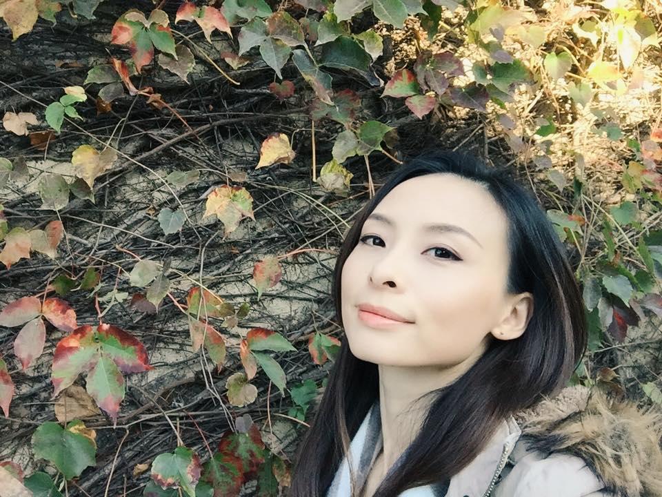 【  Lillian Chao  】                                                                     ACMA   認證績效指引教練  /  致勝力量現職指導教練  /  智旅指引有限公司共同創辦人、指引教練   Lillian深信人是完整並擁有自己所需的一切資源的,透過「自由書寫」,能讓人清晰現狀,並重新與內在自我對話,當人能與內在連結,就能獲得自癒能力,並將力量發揮,創造並突破自己。  此次課程內將運用「自由書寫」與「美好日記」兩種方式,讓聽者體驗喚醒內在力量的過程。