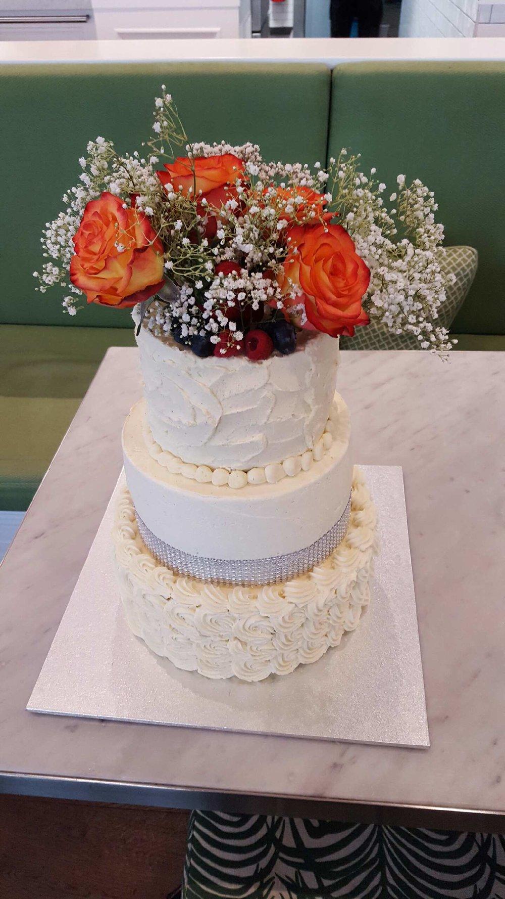 Cake34_Whitechocmudcake.JPG