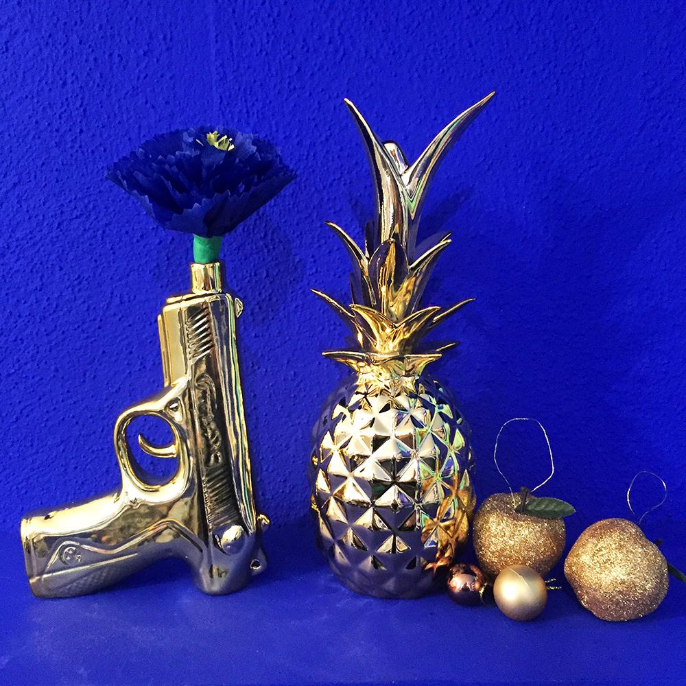 Ananas og pistol