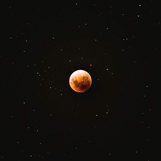 That once in a lifetime event.  #superbluebloodmoon