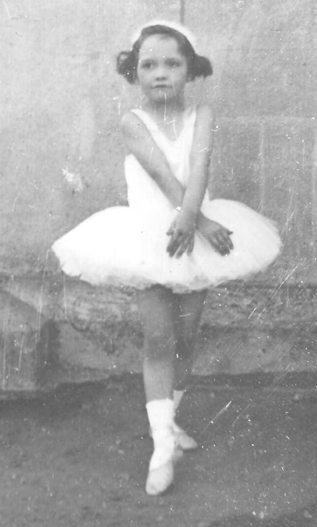 yvonne ballet.jpg