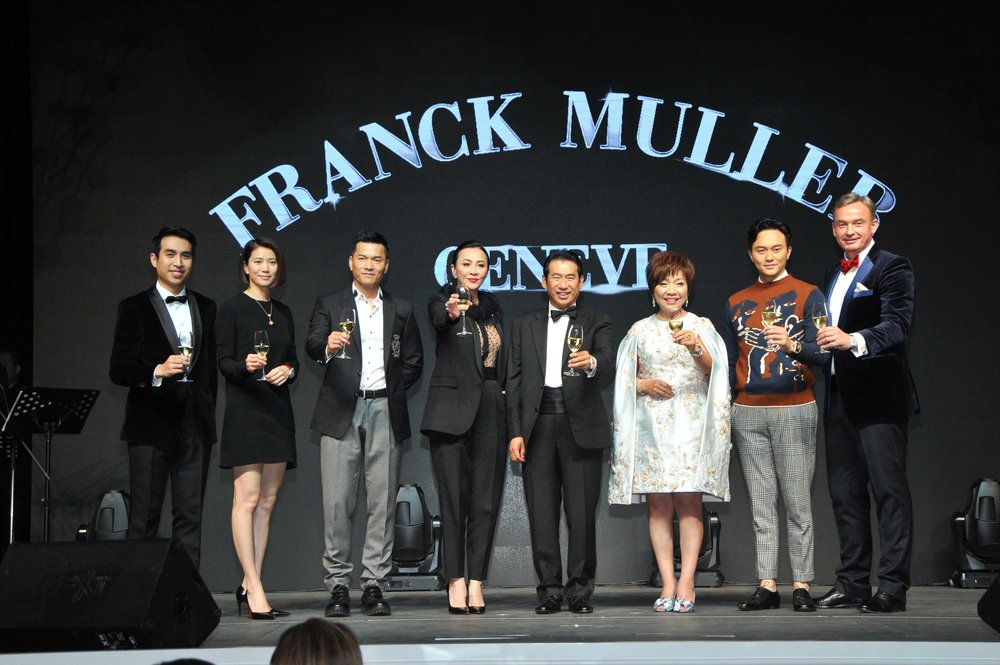 Group Toasting - New boutique Wynn Palace.jpg