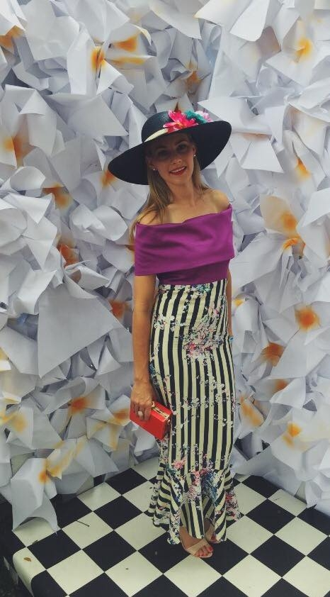 Chermay looked absolutely amazing in a European summer inspired outfit taking highlight to the ever present off the shoulder trend and incorporating flattering stripes with contract floral components.