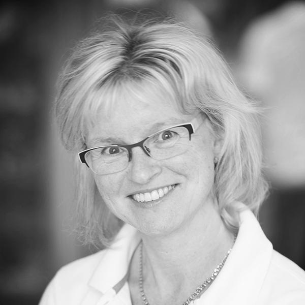 Annette Eriksson  Ekonomiansvarig  E-post:   annette.eriksson@office.se   Tel:   035-241 00 33