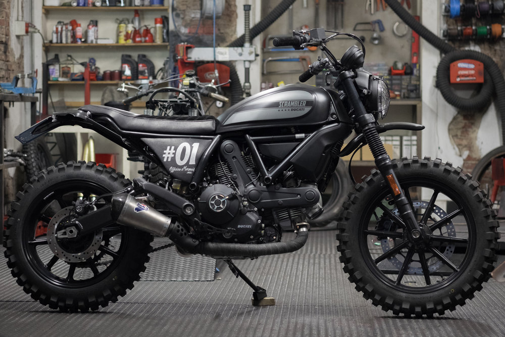 Marca:    DUCATI Modello:    Scrambler 400 Special Edition  by Officine Mermaid Cilindrata:   400 C.C. Prezzo:    SOLD OUT S 03
