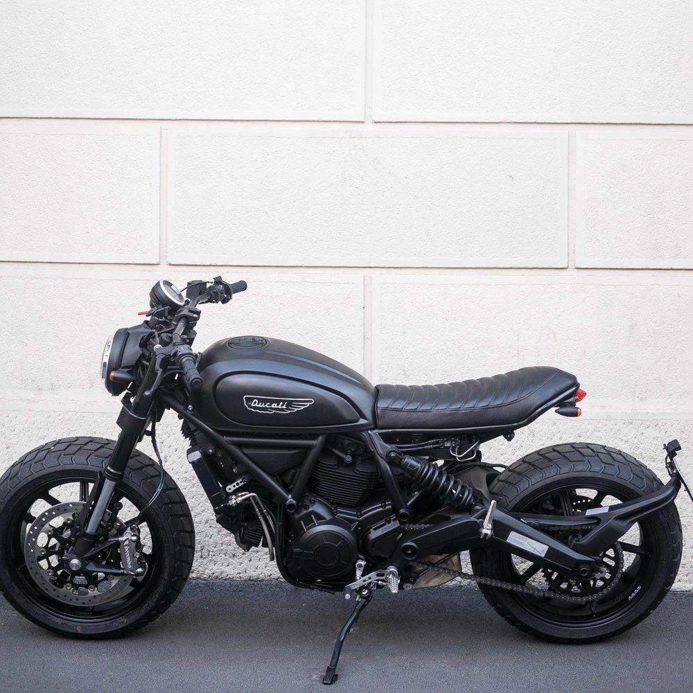 Marca:  DUCATI Modello:  Scrambler Bobber 800 cc (special officine mermaid ) 0 39