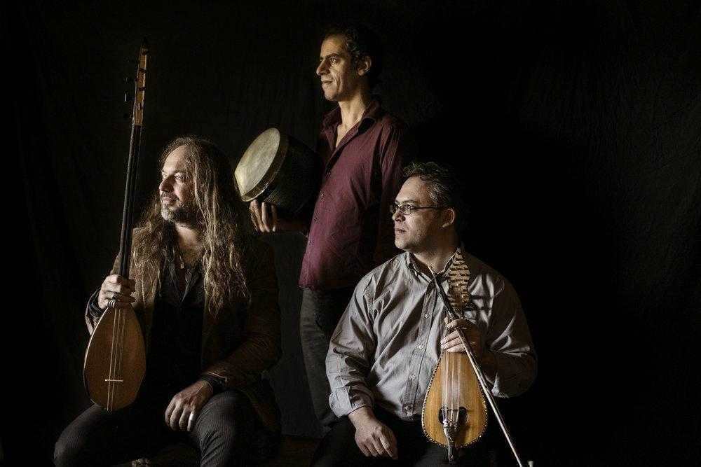 Trio Lopez Petrakis Chemirani_AUS9493-2calido 2.jpg