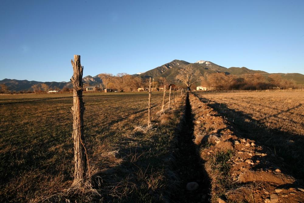Taos field 01.jpg