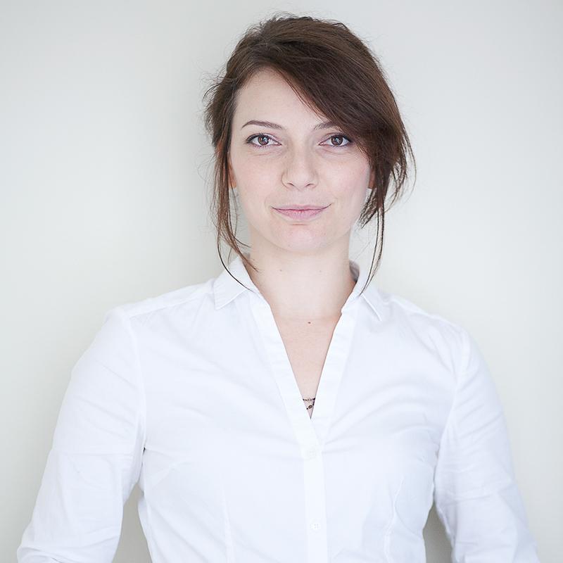 Marie-Charlotte - PrestationCoupeCoiffureMaquillage