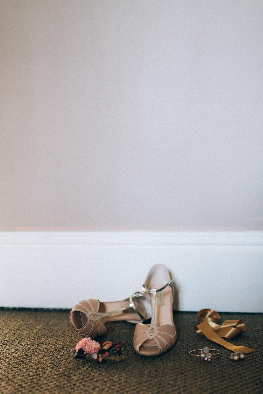 un-mariage-d'hiver-en-bordeau-ingrid-lepan-photographe-la-mariee-aux-pieds-nus-1.jpg