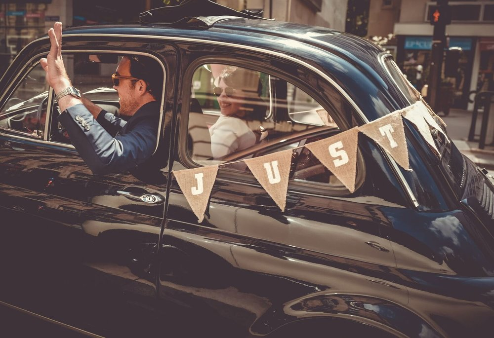Clara et Michael départ en voiture