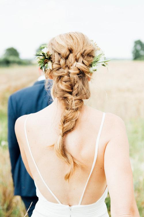 coiffure mariage semi-attaché