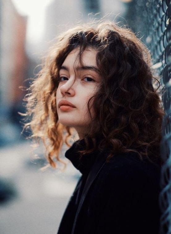 8 conseils pour dompter ses cheveux bouclés