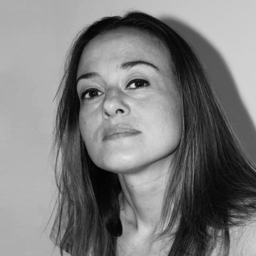 delphine - #background #studio #conseilPrestationCoiffureMaquillage