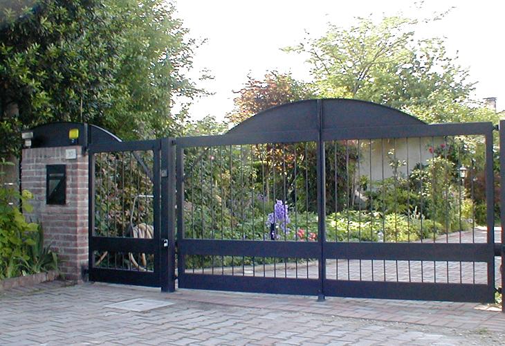 cancello vecchiato 01 500.jpg