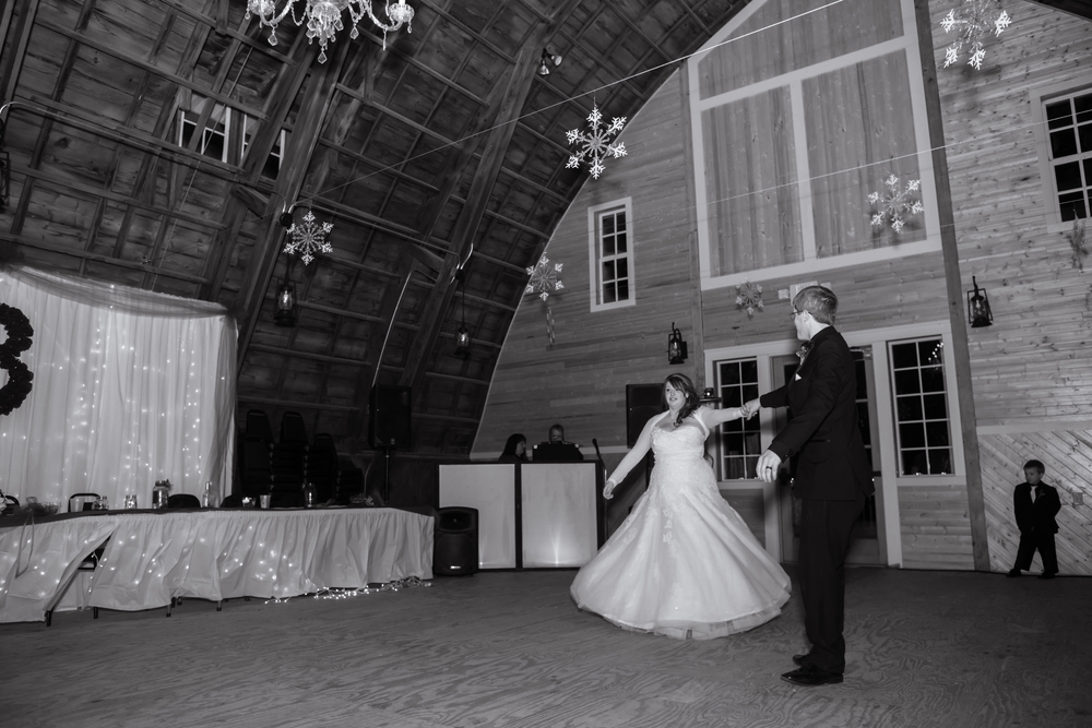The bride's dress was perfect for twirling!