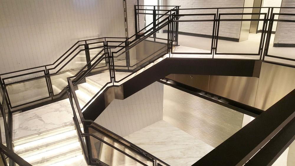 Samsung Stair 2 web.jpg