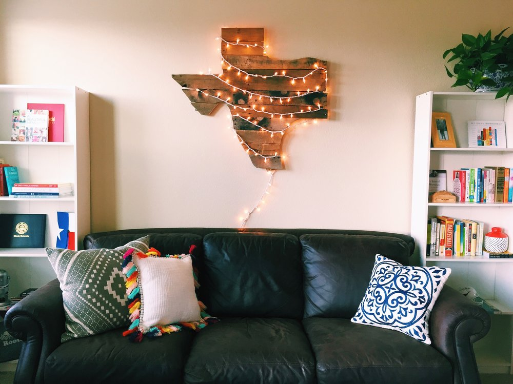 shoutout my iPhone and my dad's superb hanging-giant-texas-stuff-on-the-wall skills