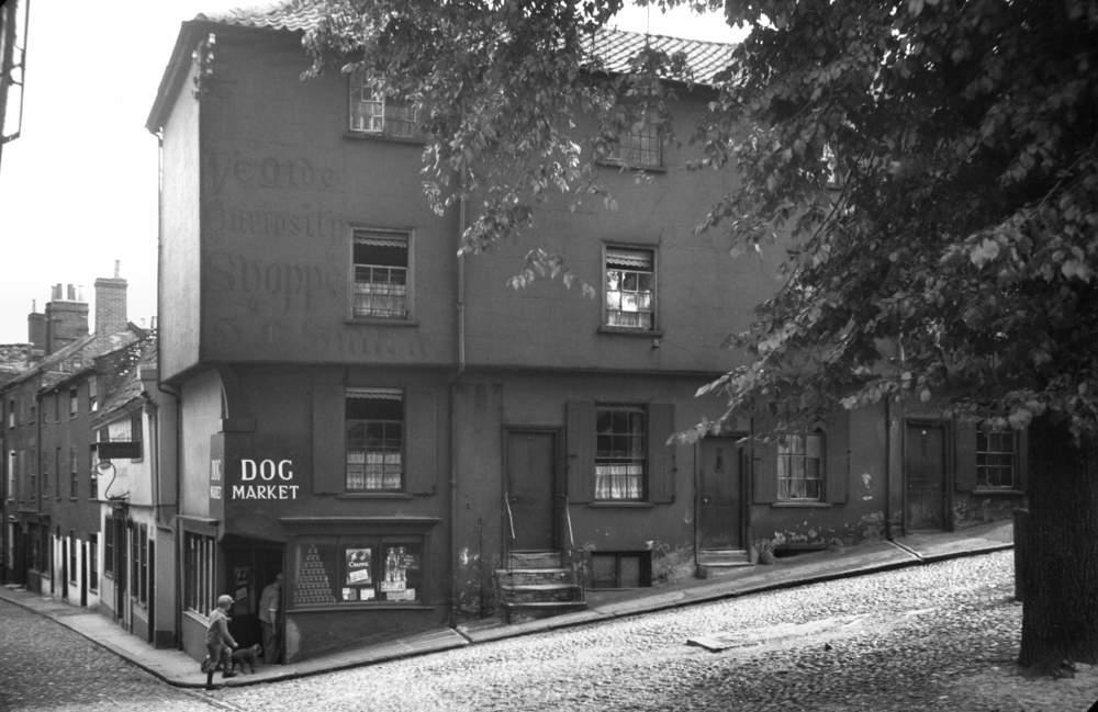 21-27 Elm Hill 1936