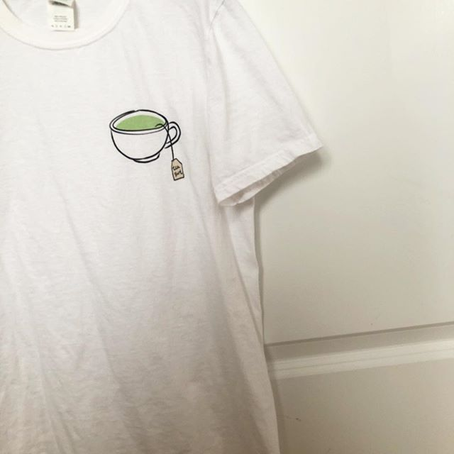 """Our """"tea shirt"""" design is even more satisfying in person ❤️🍵 #lovelea #punny"""