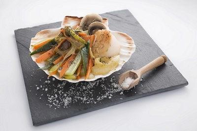 Scallops au Gratin with Vegetables