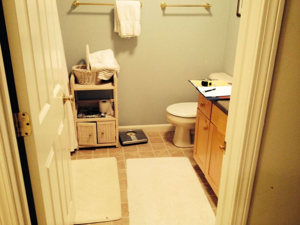 mashpee bath remodel before-04.jpg